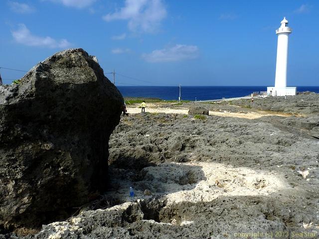 台風で動いた巨礫